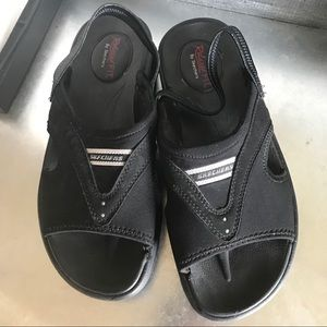 Sketchers tone up sandals